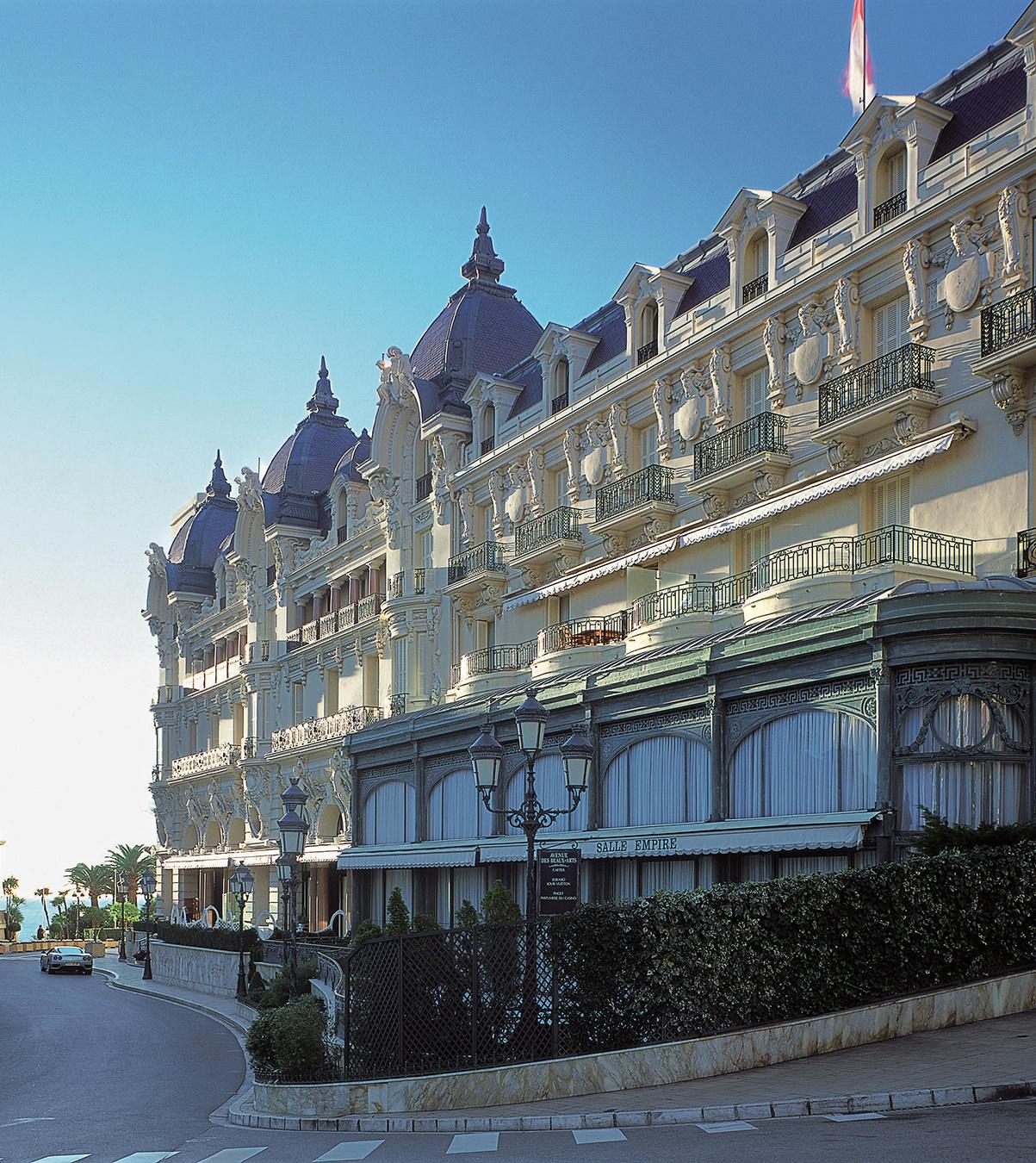 NUVO Magazine: Bonding in Monaco