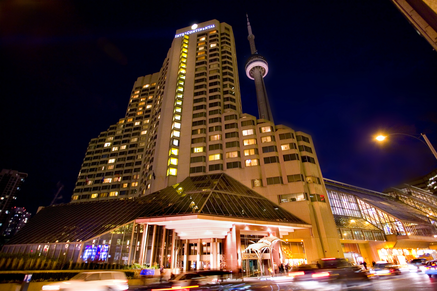 Hotels Downtown Toronto