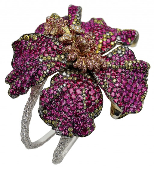 value spider pawn is faberge stars brooch