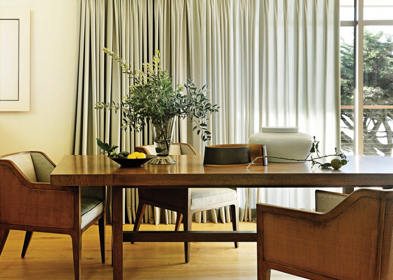 The Dining Room Of A Barbara Barry Designed Residence In Malibu California Photo By David Meredith From Around Beauty Rizzoli NY