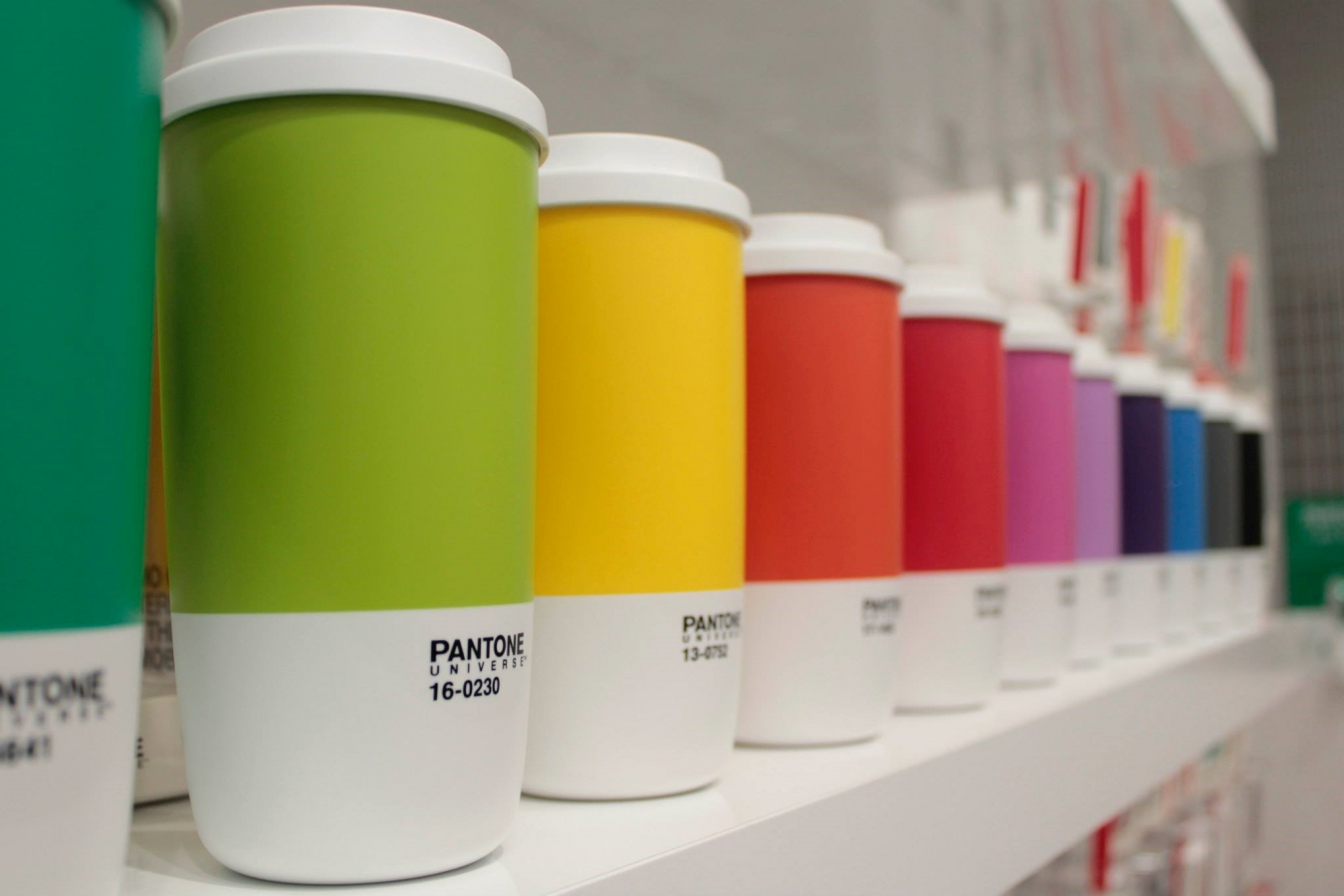 NUVO Blog: Pantone Universe Thermo Cup