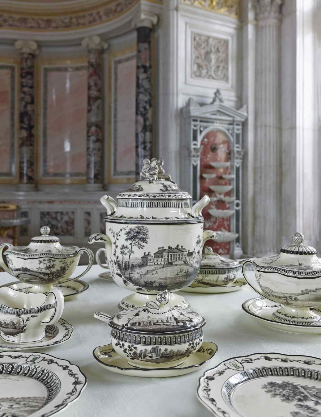 NUVO Daily Edit: Hermitage Dining with the Tsars