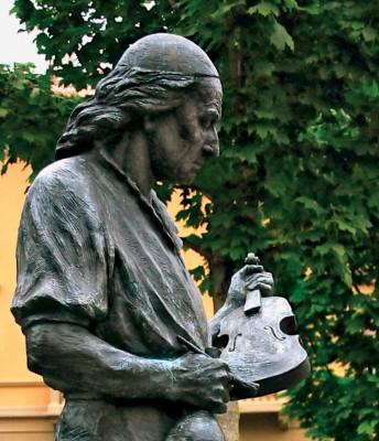 NUVO Magazine: Inquiring Minds, Museo del Violino