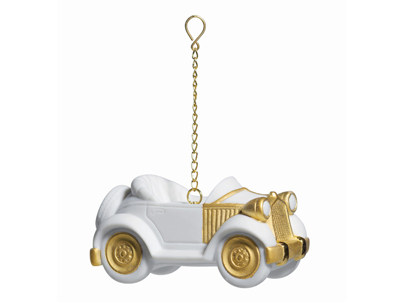 NUVO Wish List: Winter Whites, Lladro Ornaments