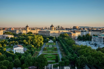 NUVO Magazine: Vienna's Ringstrausse