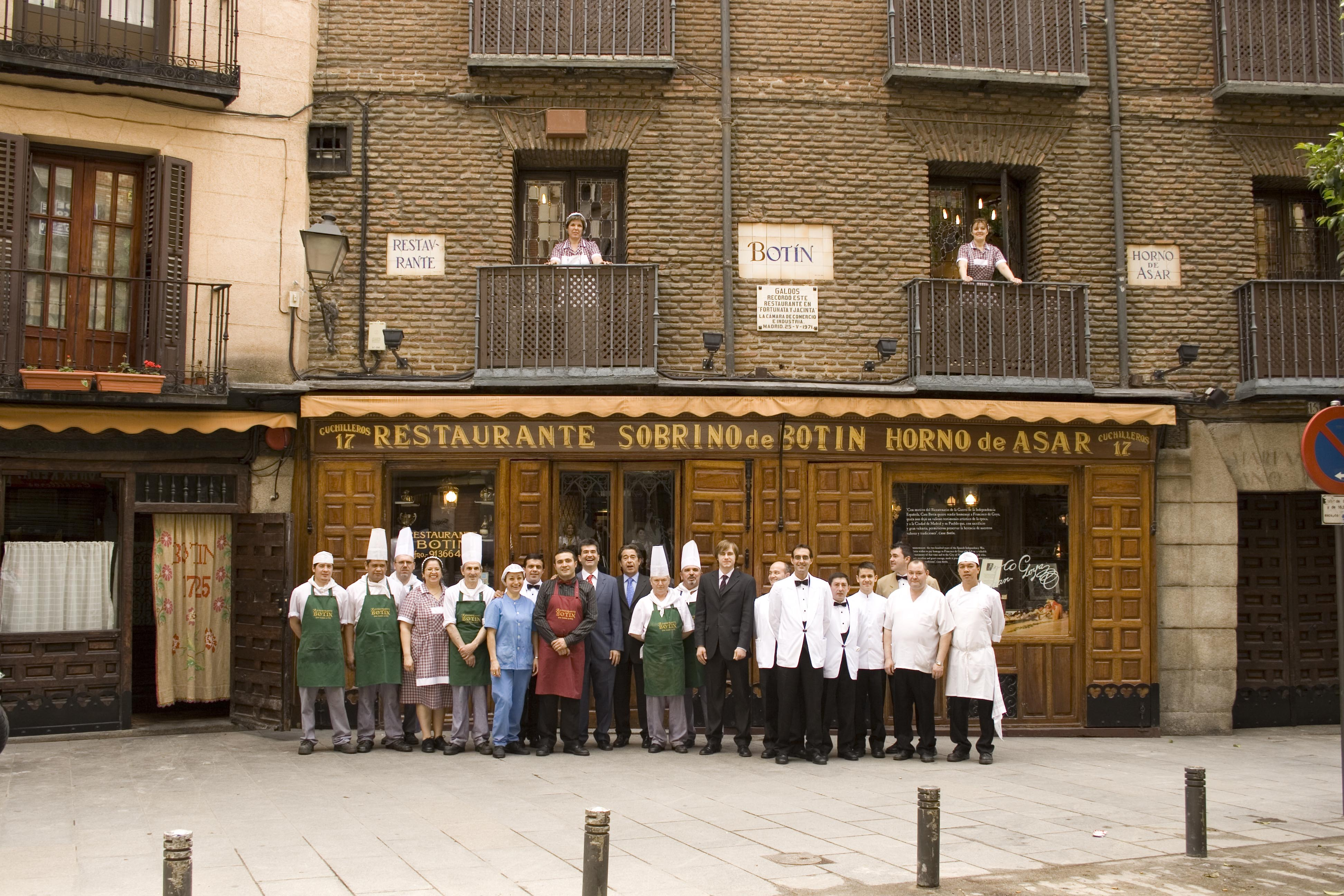 The oldest restaurant in the world nuvo for Casa botin madrid