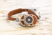 Master & Dynamic's MH40 Over Ear Headphones