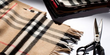Daily Edit: Burberry's Scarf Bar