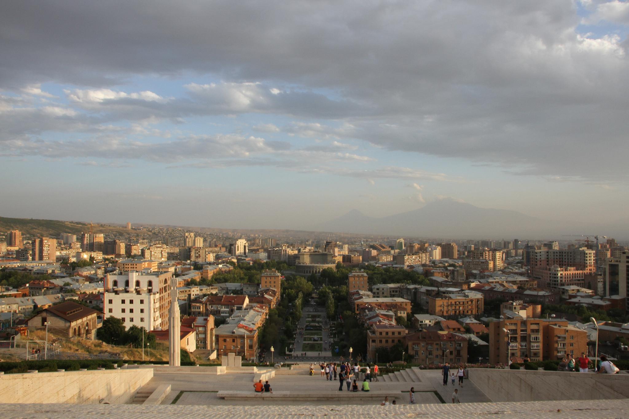 Yerevan, Daily Edit