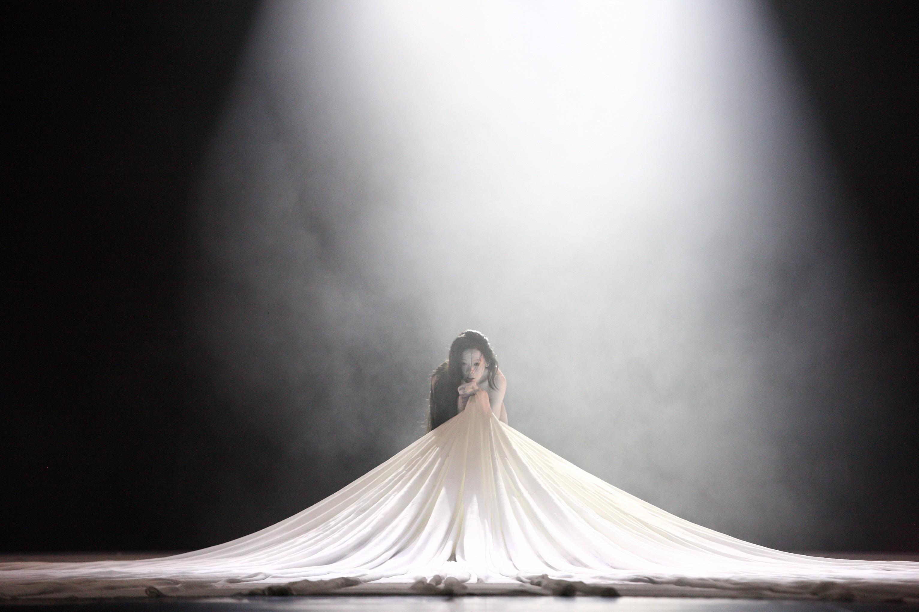 Legend Lin Dance Theatre