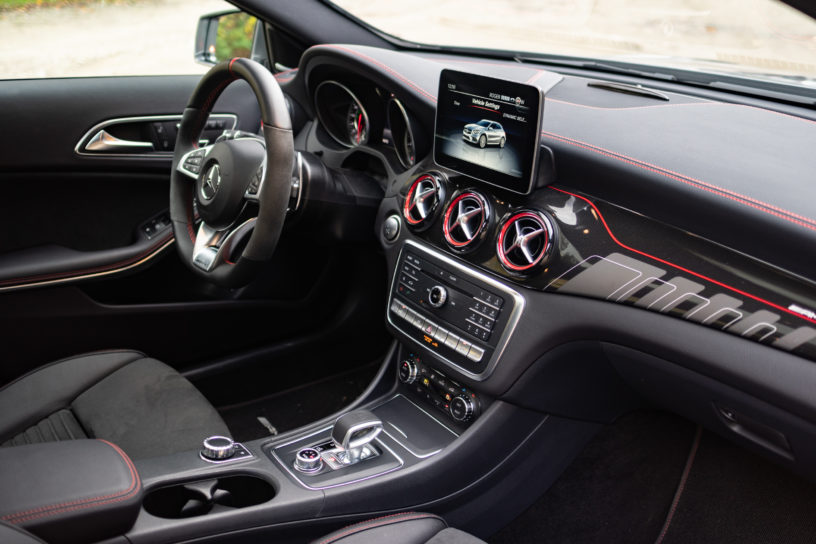 Mercedes AMG GLA 45, NUVO