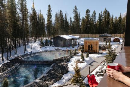 Pomeroy Kananaskis Mountain Lodge NUVO